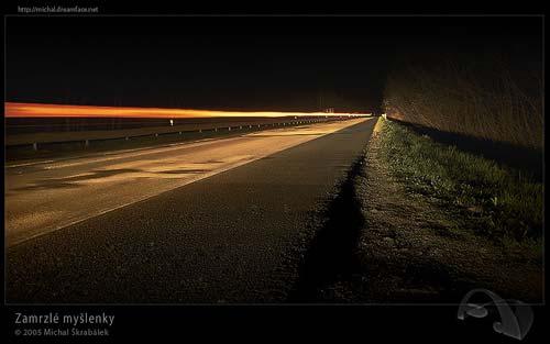 Noční fotografie s delším expozičním časem